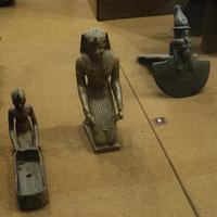 Зал Древнего Египта. Изделия из бронзы.