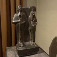 Зал Древнего Египта. Бог Птах и богиня Сохмет.