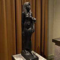 Зал Древнего Египта. Статуя царицы Клеопатры VII.