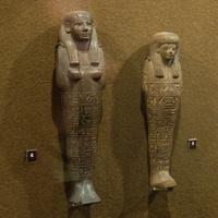 Зал Древнего Египта. Ушебти начальника привратника сокровищниц и ушебти Иуи.