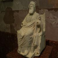 Зал античной декоративной скульптуры. Скульптура Диониса.