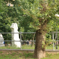 Скульптуры по мотивам сказов Бажова в сквере на улице Бажова