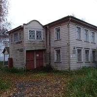 Неглинская набережная, 9. Дом Богданова.