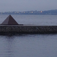 Онежская набережная. Пирамида.