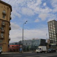 Земляной Вал улица,  Бизнес-центр Серебряный город на Серебрянической набережной