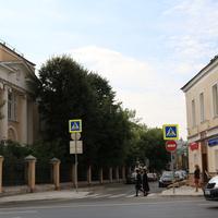 Большой Харитоньевский переулок