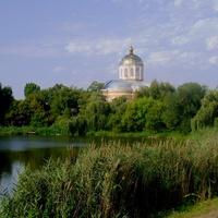 Вид на церкву Покрова Пресвятої Богородиці.