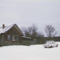 У дома Анисьи Батуриной в Илкодино. 1999г.