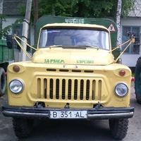 Этот автомобиль с 1981 года обучает учеников.