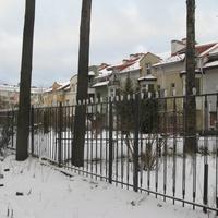 Изотовский сквер,частный сектор