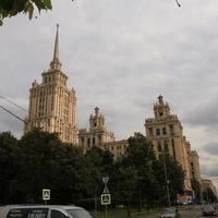 Набережная Тараса Шевченко, гостинница Украина