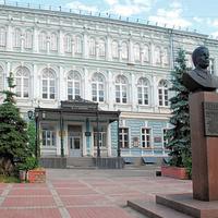 Б.Покровская.