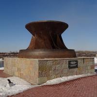 Монумент в честь строителей и энергетиков Волховской ГЭС