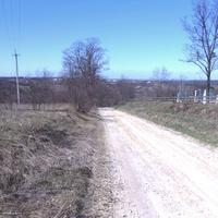 Спуск в село біля кладовища.