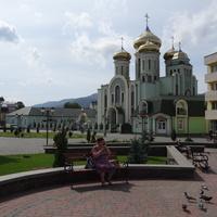 Площадь Независимости. Свято Кирило-Мефодиевский кафедральный собор