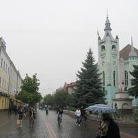улица Пушкина. Справа Ратуша
