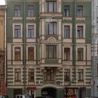 Улица Жуковского, 37