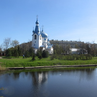 Парк Город Героев. Храм Рождества Христова