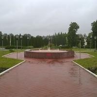Малоархонгельск. Фонтан. Построен в честь 62-ой годовщины Победы в Великой Отечественной войне