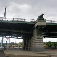 Улица академика Крылова.