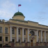 Здание Ленинградского областного суда