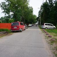 Дорога к пляжу по Лахтински...