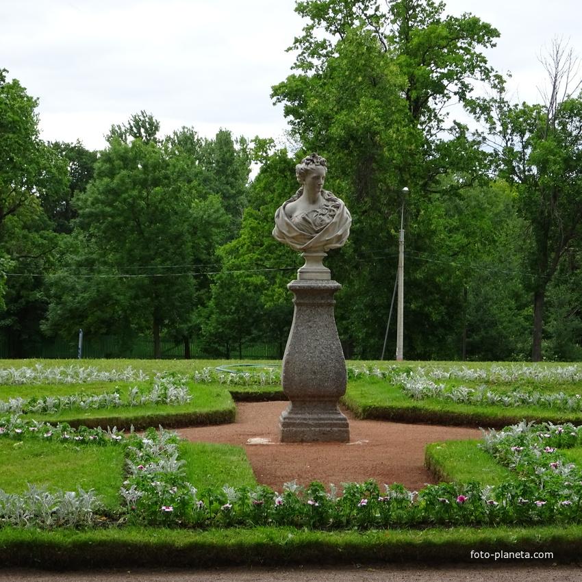 Императорский сад и огород в Стрельне. Весна