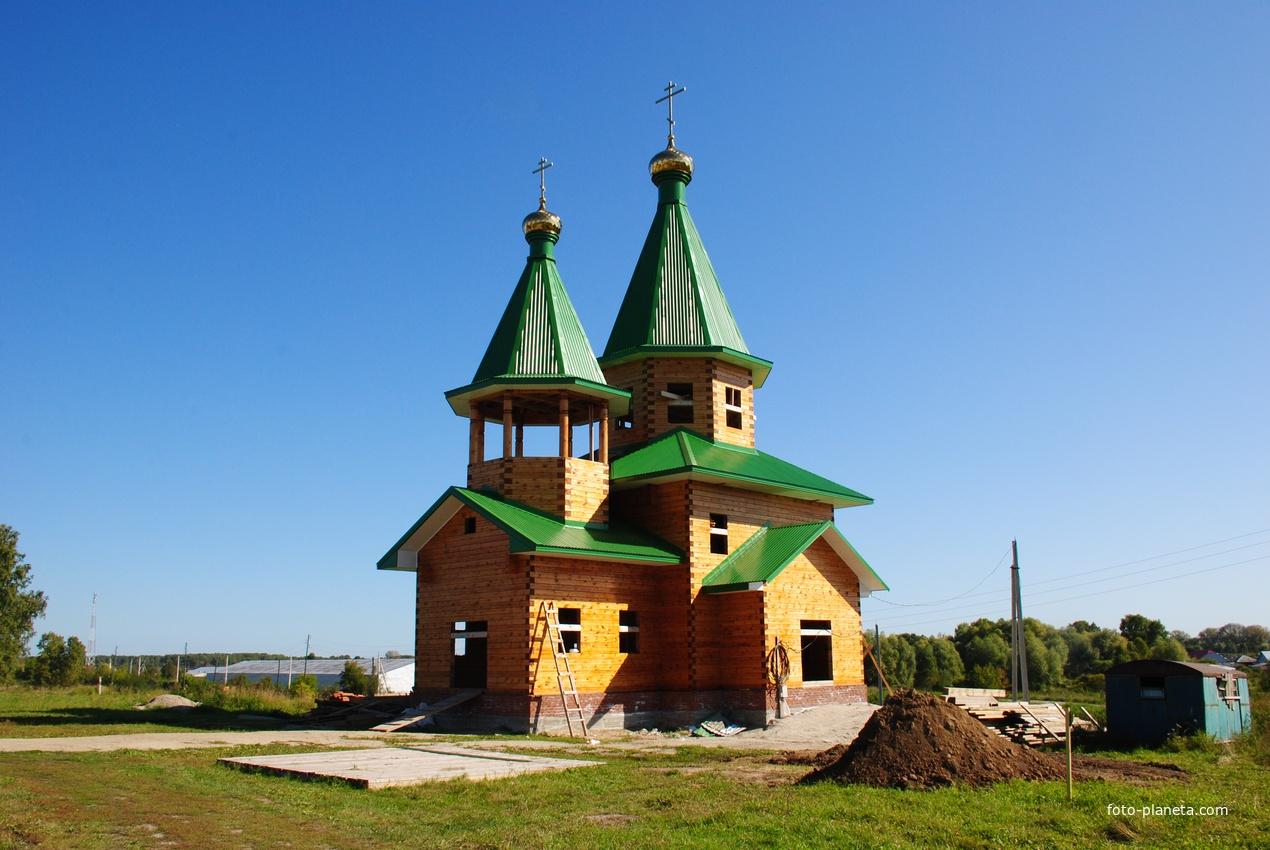 Строящаяся церковь Св.Николая.