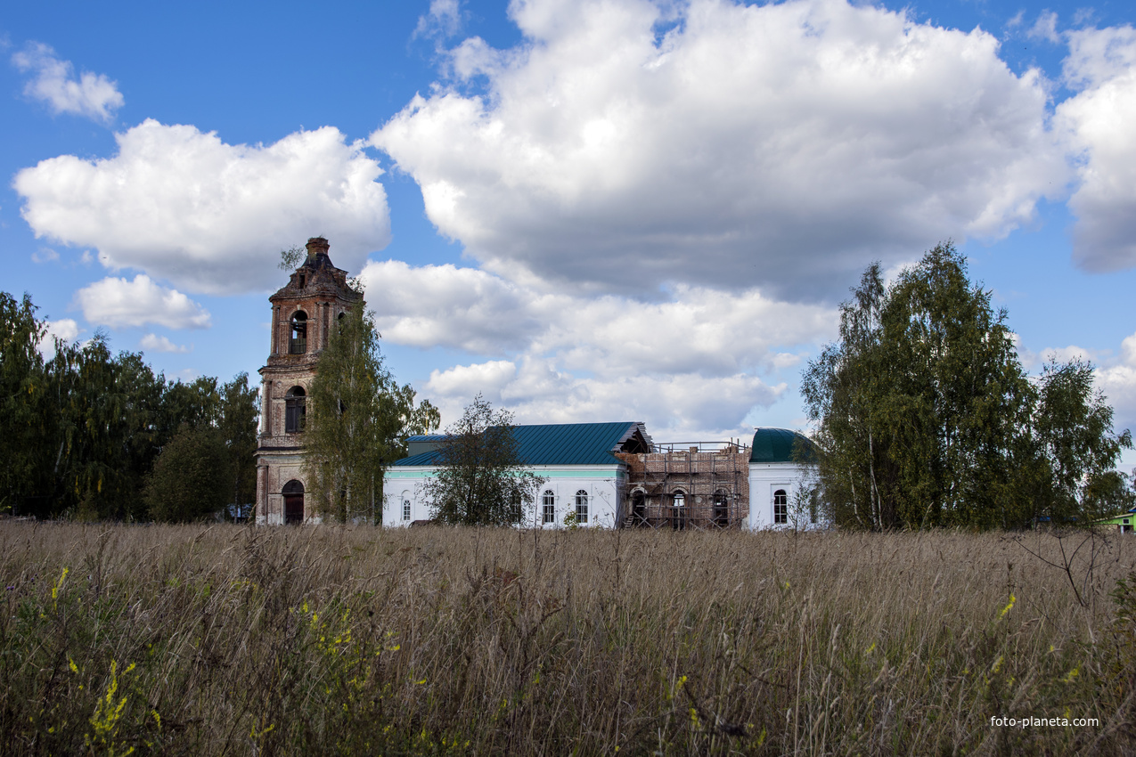 Церковь Казанской иконы Божией Матери в с. Борок Советского района