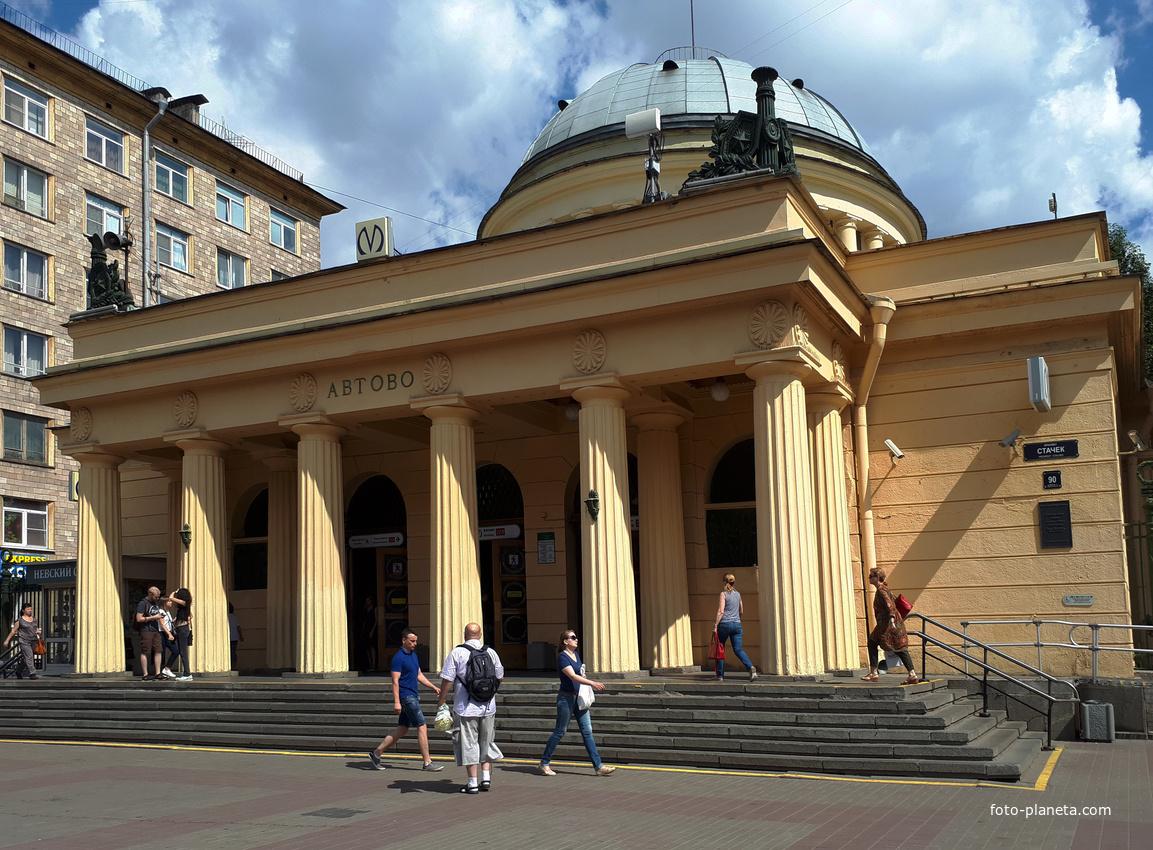 После ремонта метро Петербург теряет свой исторический облик