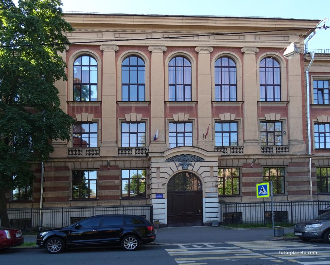 Улица Выборгская, 3
