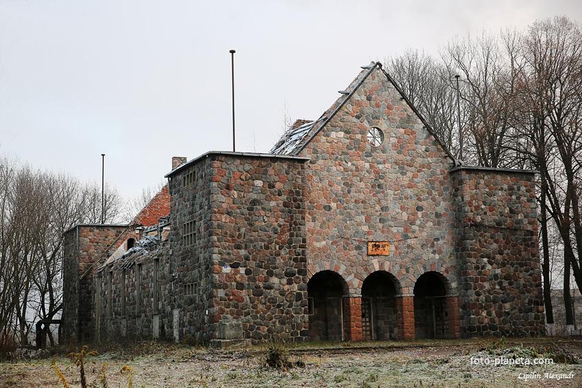 Руины кирхи меннонитов
