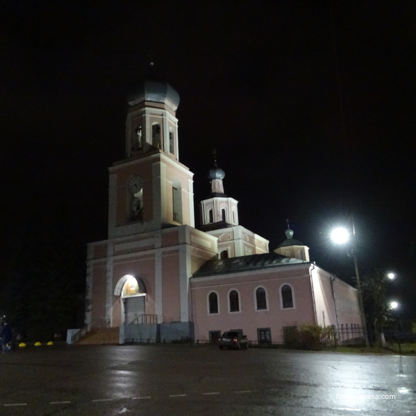 Валдай. Собор Троицы Живоначальной,1744, ночной вид