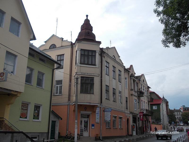 Улица города Рогатин