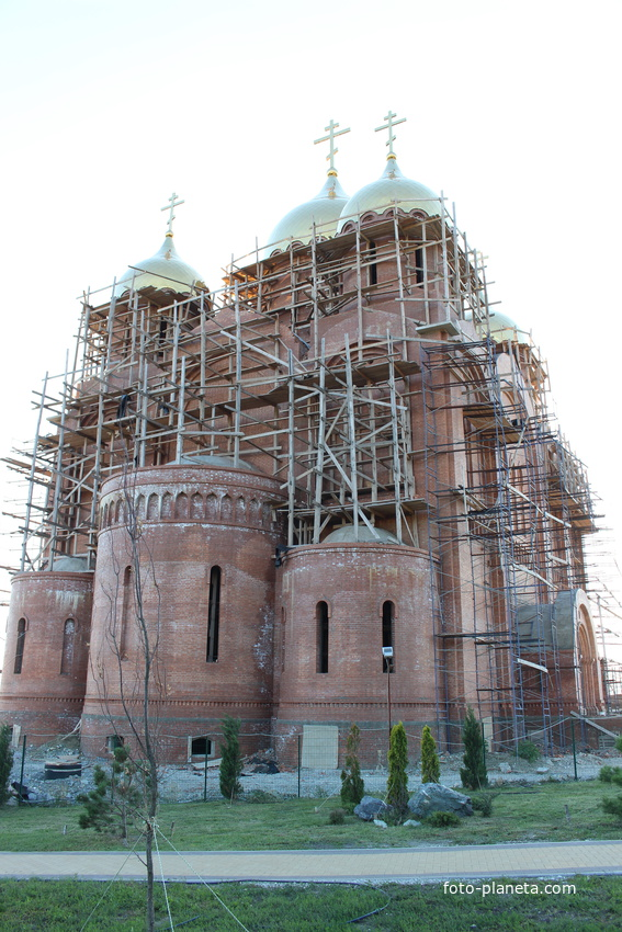 Строительство собора в честь Святого апостола Андрея Первозванного.
