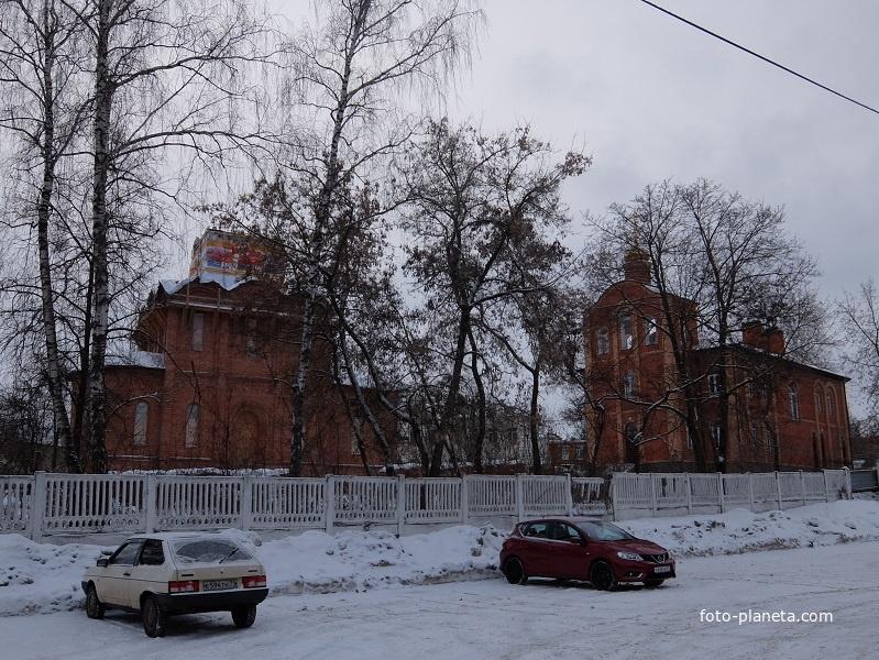 Свято-Покровский храм  и звонница