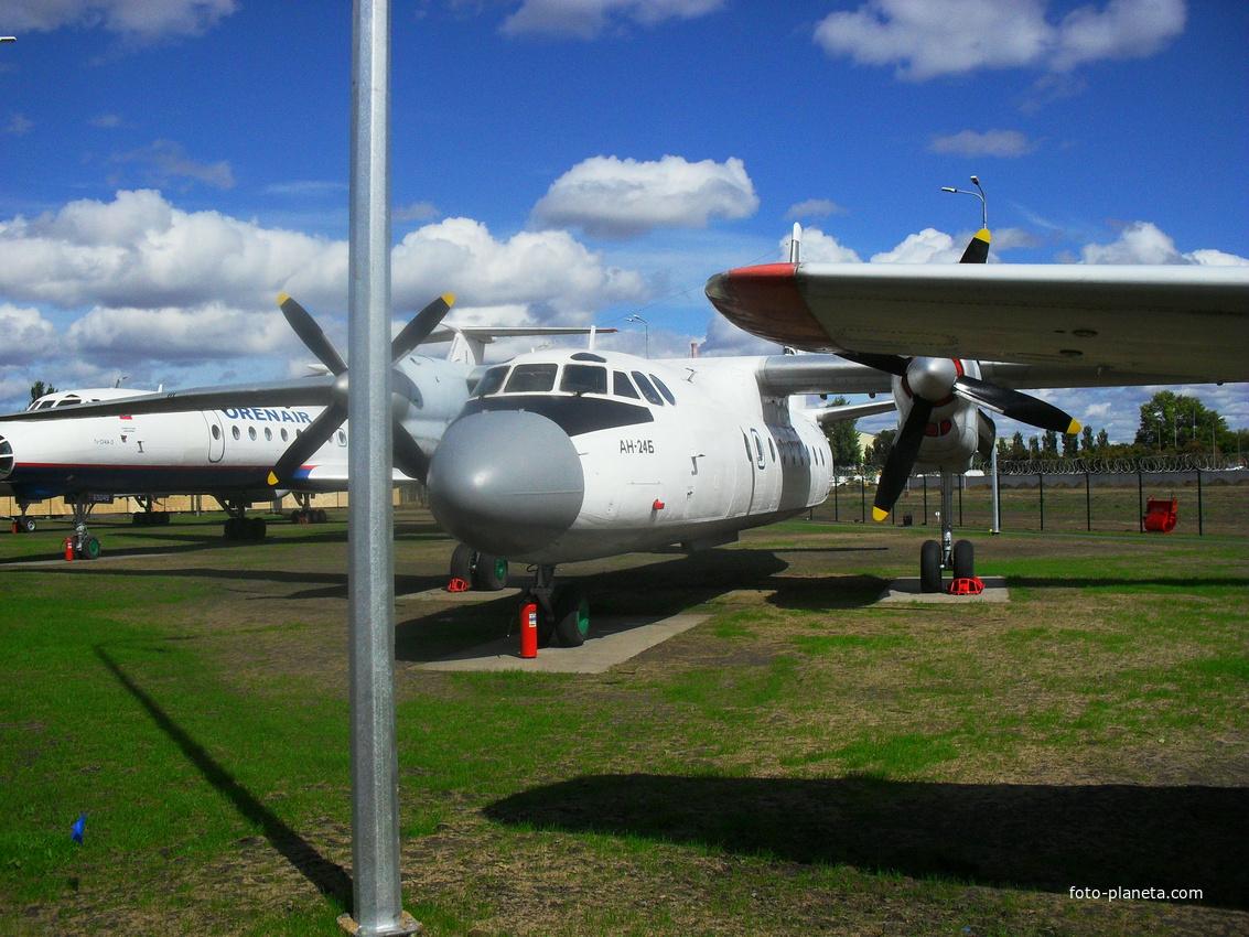 Самолёт АН-24Б