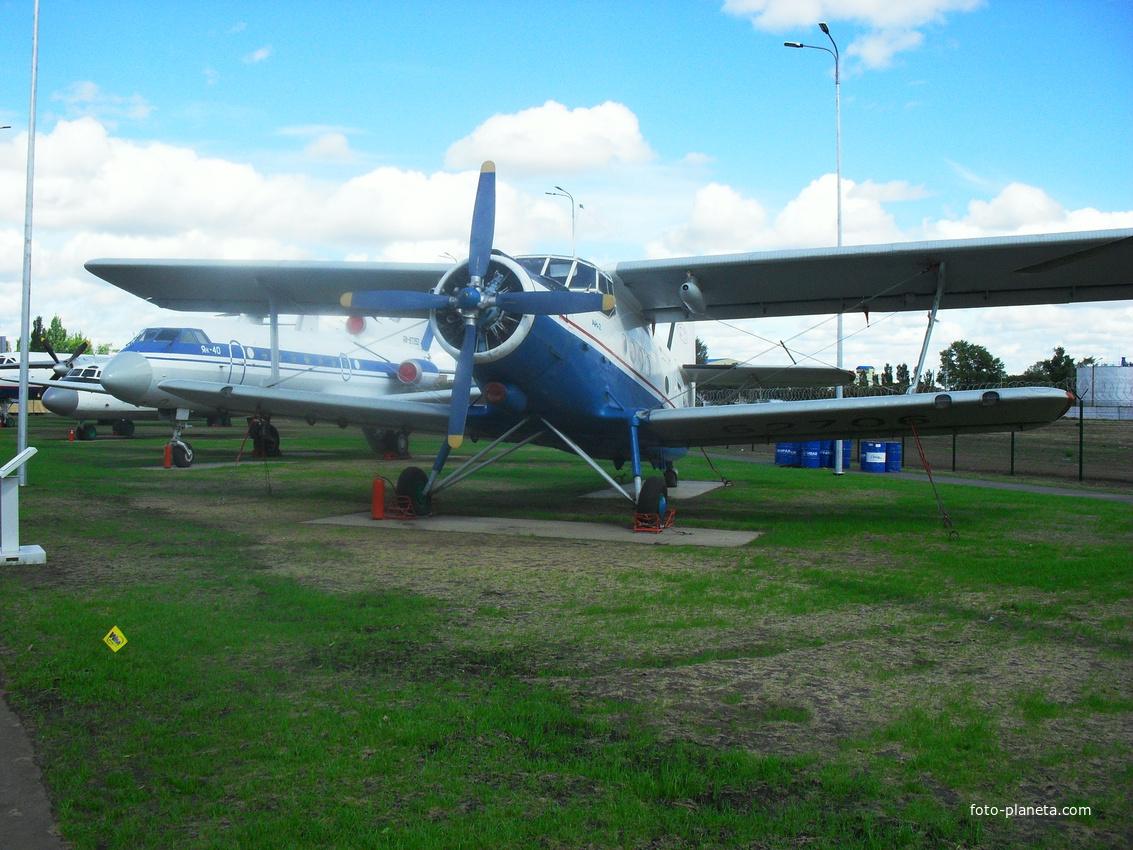 Самолёт АН-2