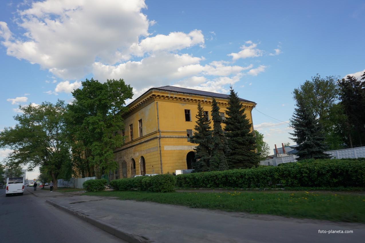 Здание Дворца Культуры Мосрыбокомбината, построено в 1958 году
