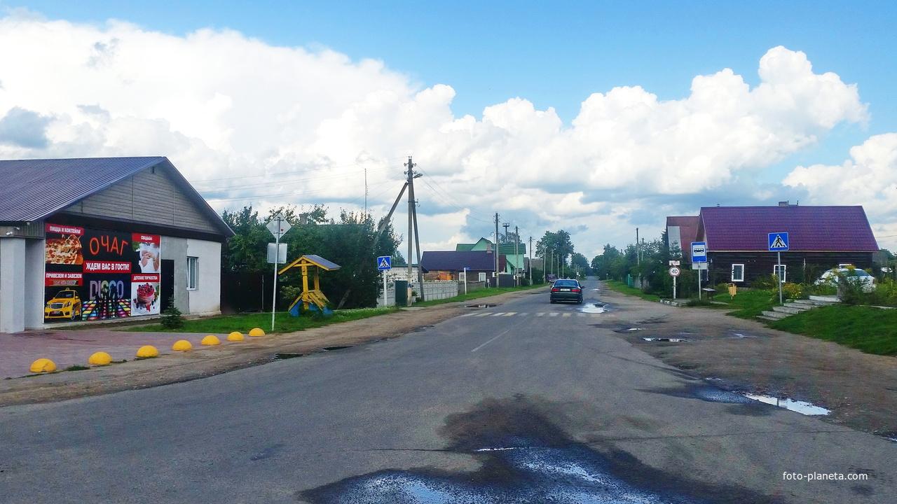 Лапичи. Улица Гродянская.Дорога на Жорновку.