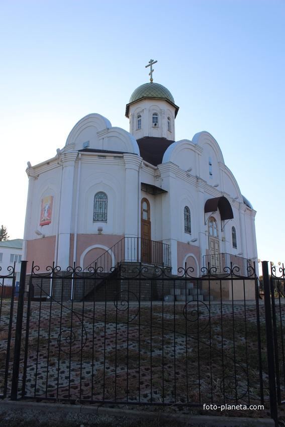Храм Святителя Николая.