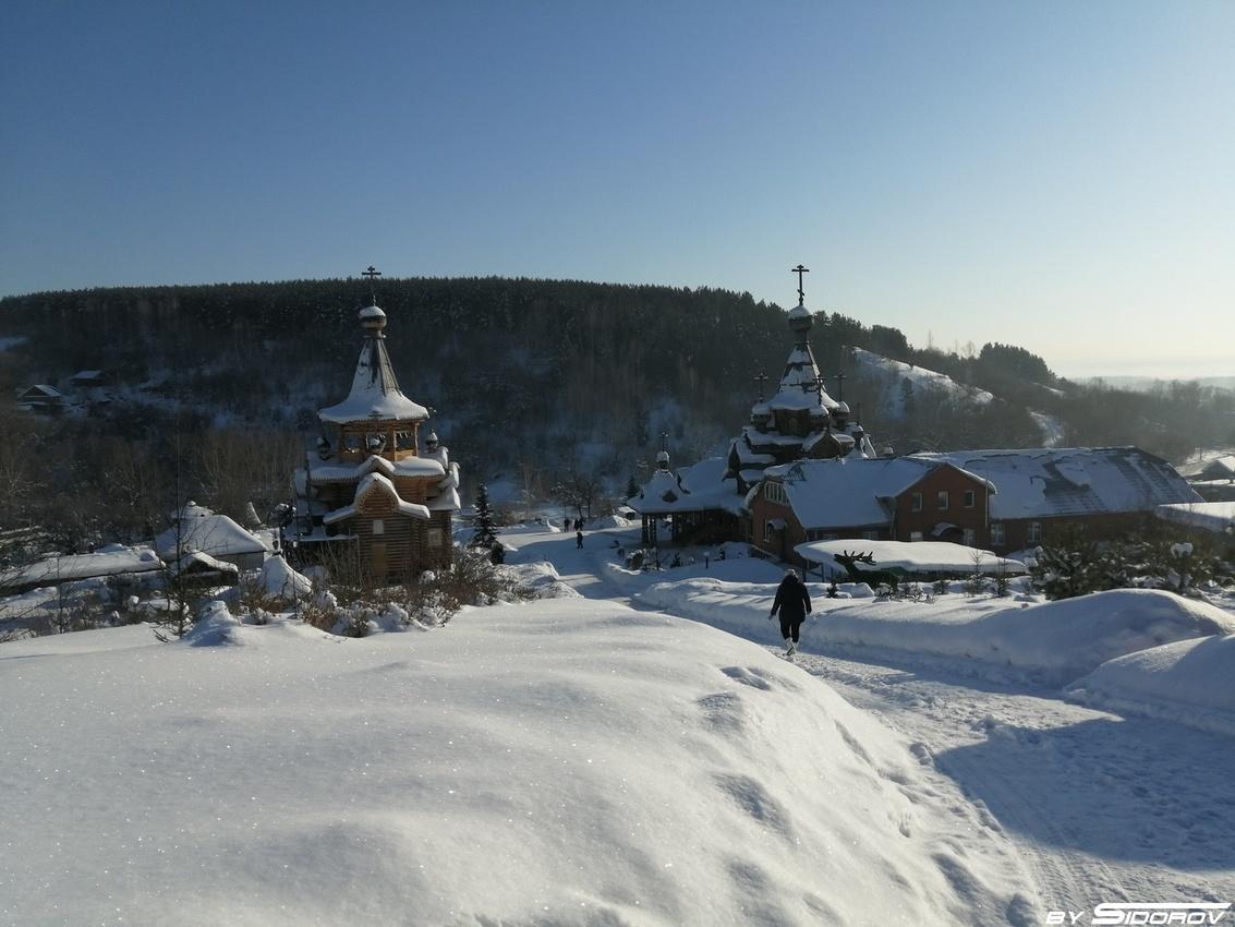 Вид на храмовый комплекс Святого Иоанна воина