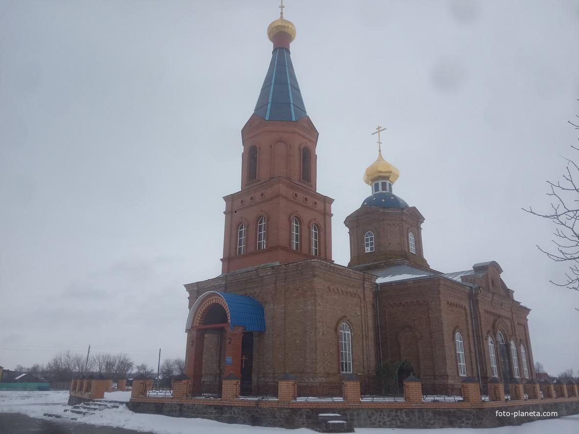 Храм Тихвинской Иконы Божией Матери.