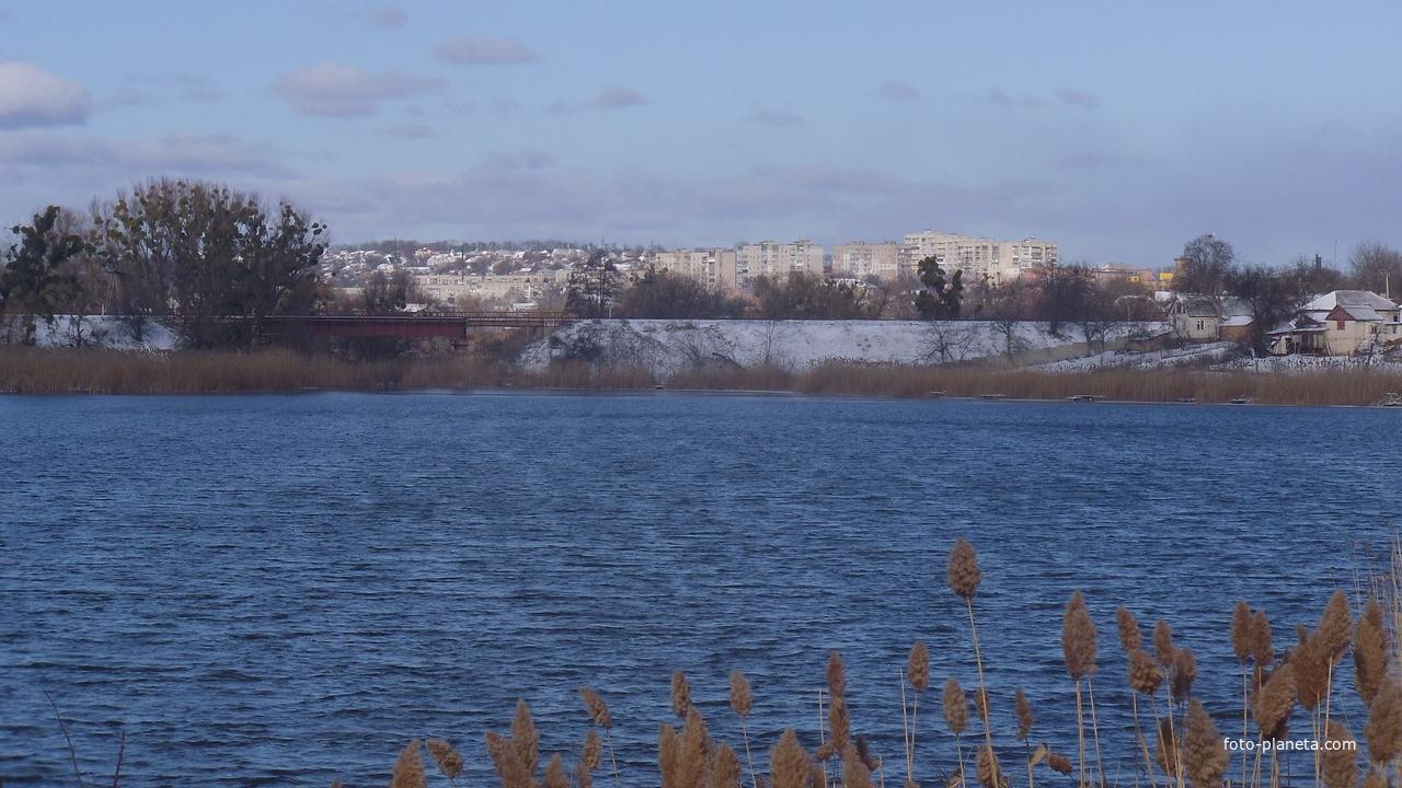 Вид в сторону района Сахарный.