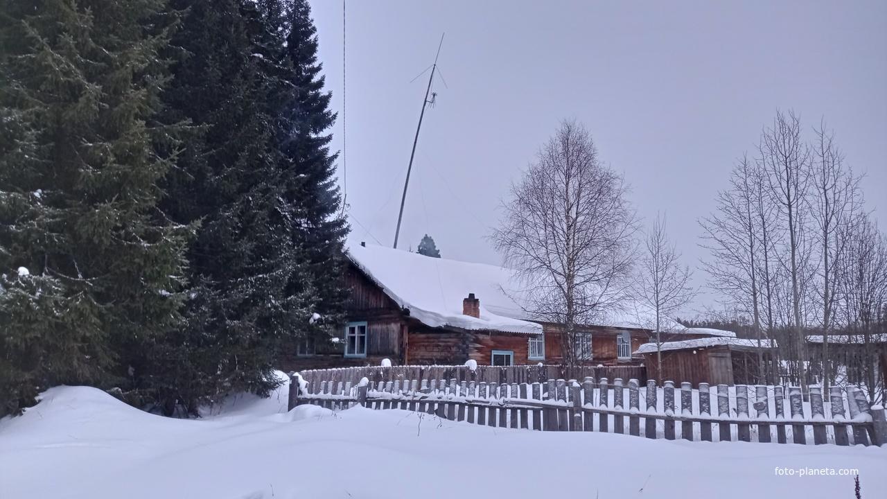 дом в п. Усть-Илыч