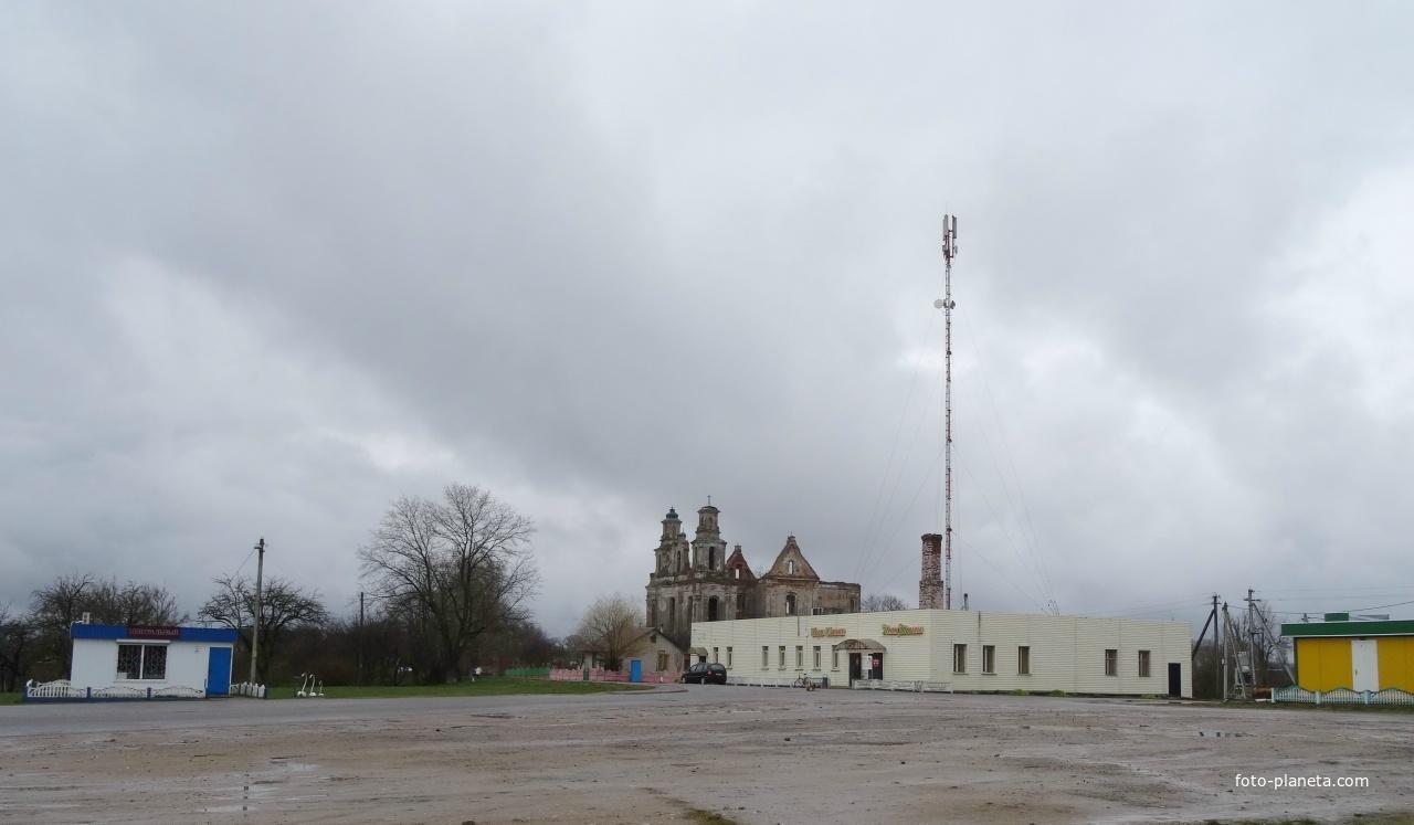 деревня Смольяны - Центральная площадь