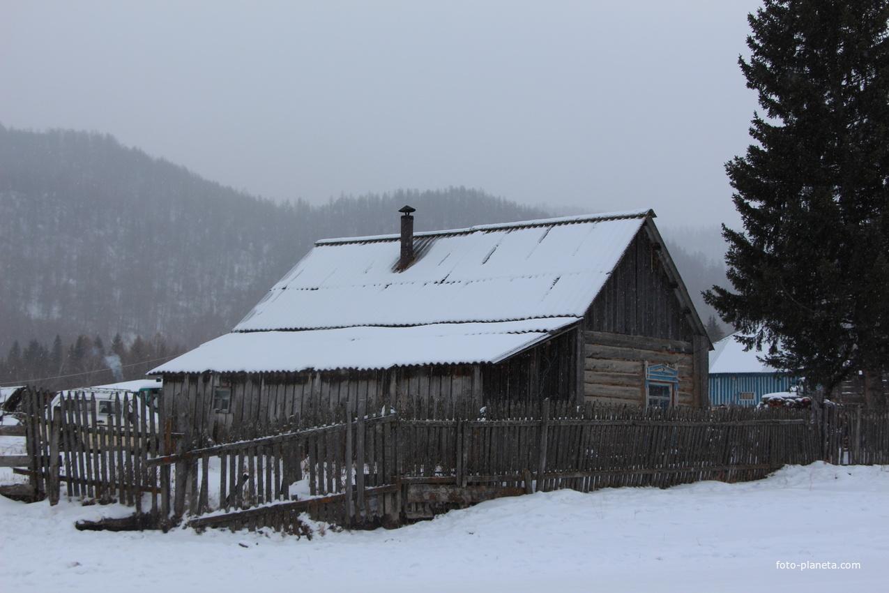 Местные дома в селе Барагаш