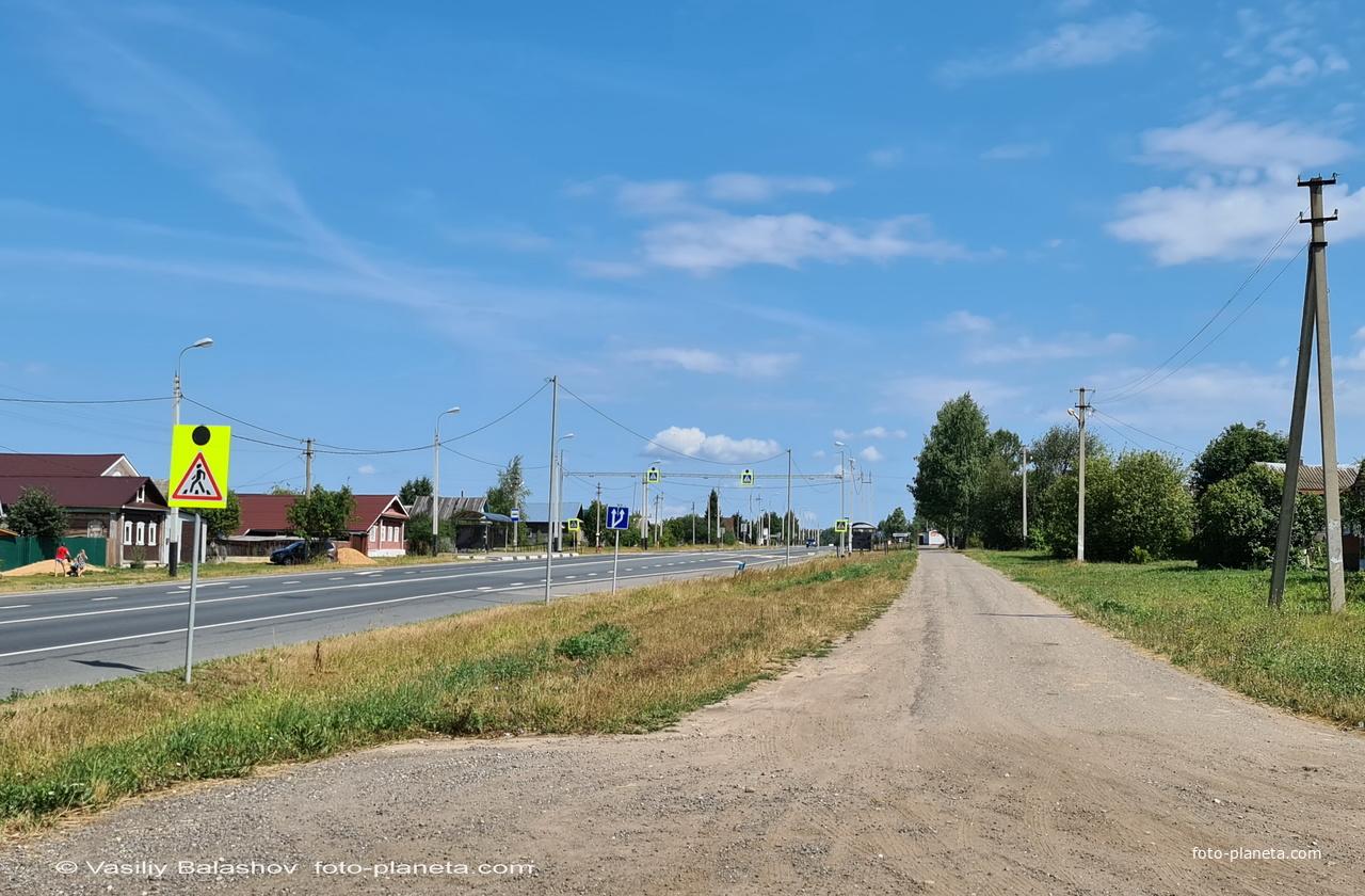 Лопатницы, вид на  трассу Р-132 в сторону г. Иваново
