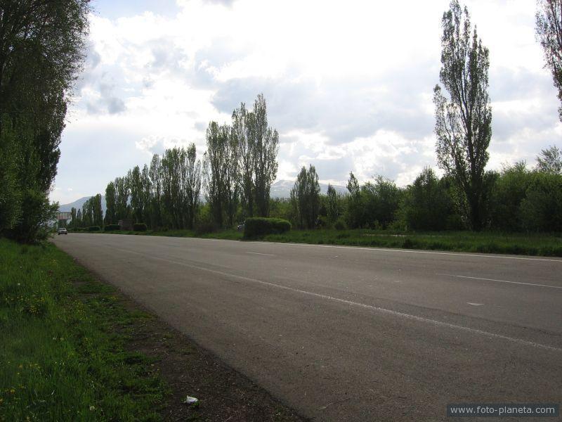 Дорога из Еревана в Дилижан
