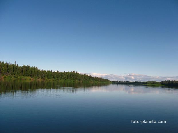 Ханты-Мансийский автономный округ-Югра. Река ляпин. Июль 2011 года.
